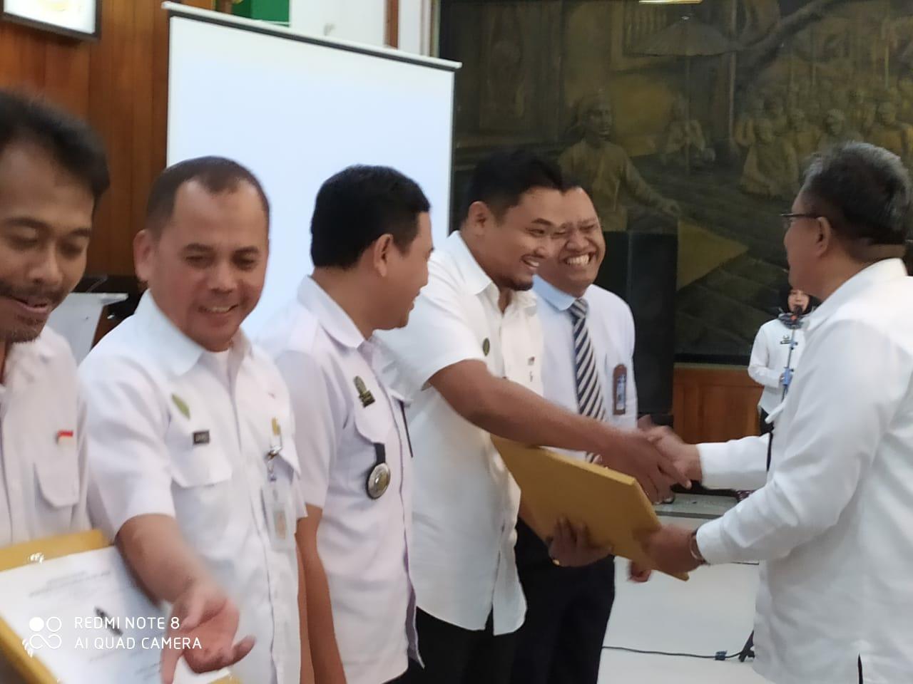 Cokrodiningratan Juara Tiga Tingkat Pendapatan PBB-P2 Kelurahan se- Kota Yogyakarta